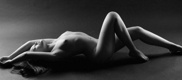 Nude_Yoga