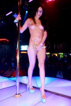 Plaomino Club Las Vegas Dancer