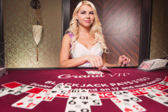 Beautiful Dealer at Live Casino Online