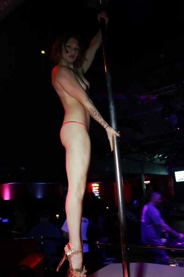 This weekend in the vegas strip clubs topless vegas online