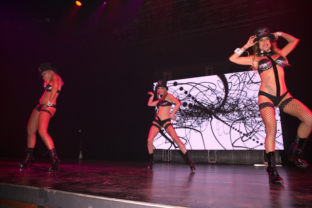 X Burlesque dancers at AVN 2017
