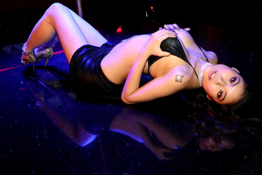 Brenna Sparks at Legends Room Las Vegas